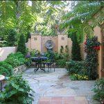 Contoh Taman Belakang Rumah Minimalis