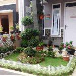 Gambar Taman Bunga Minimalis Depan Rumah
