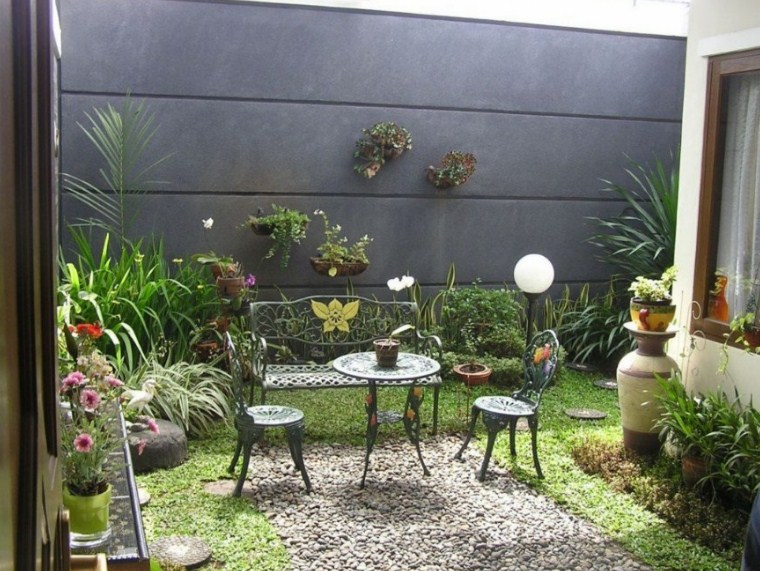 25 Ide Desain Taman Minimalis Dalam Rumah Yang Artistik
