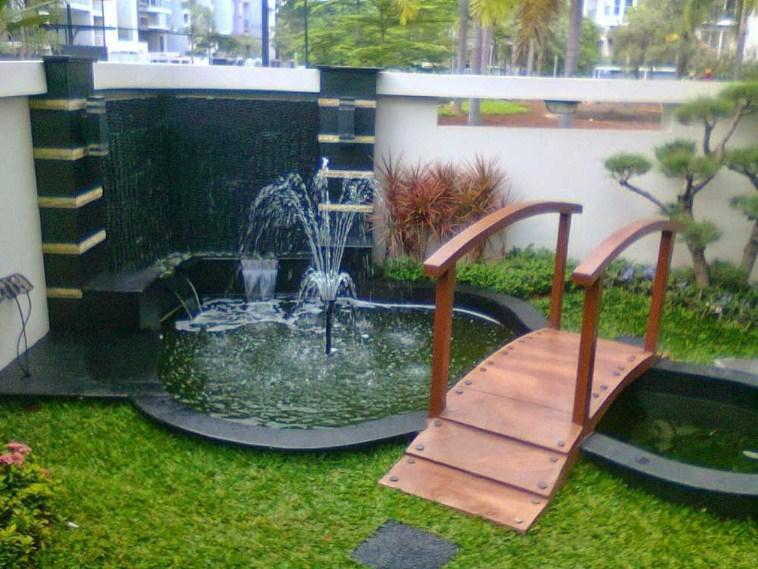 Taman Minimalis Dengan Kolam Kecil