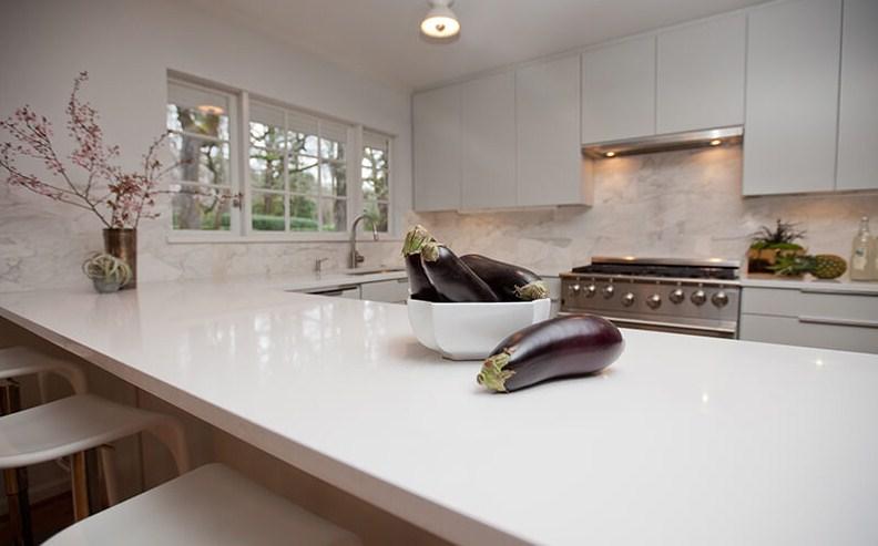 Desain Kabinet Dapur Quartz Stone
