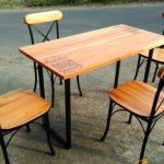 Meja Kursi Cafe Kayu dan Besi