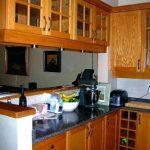 Model Lemari Gantung Dapur Kecil Sederhana