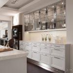 Model Lemari Kaca Dapur