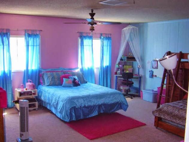 Warna Cat Kamar Tidur Pink Biru