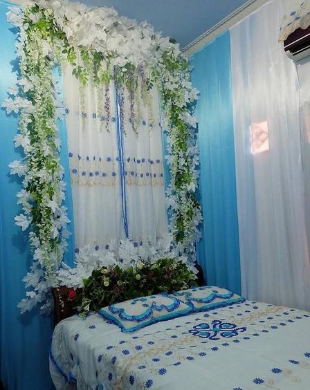 Dekorasi Kamar Pengantin Biru