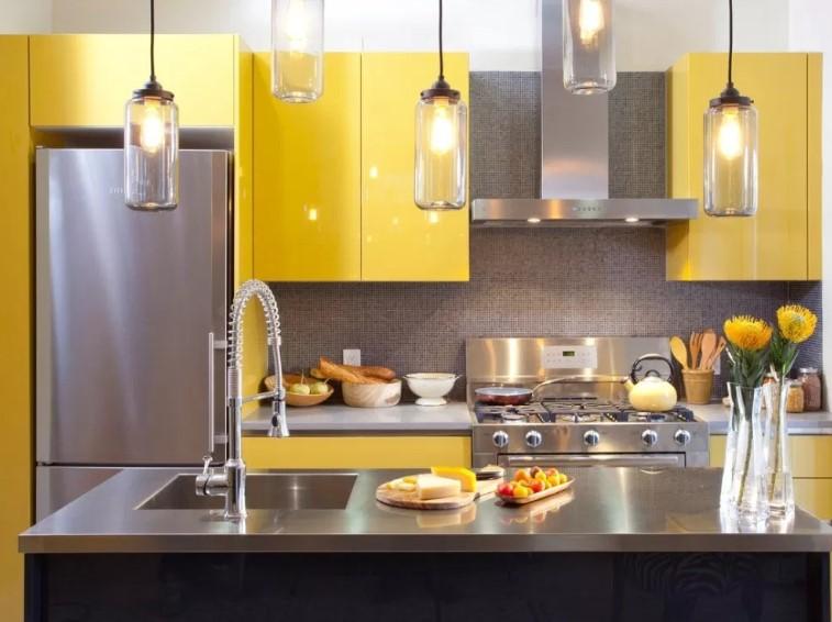 Desain Dapur Minimalis Ukuran 2x3 Luas dan Terang