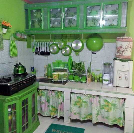 Desain Dapur Sederhana Warna Hijau