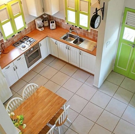 Desain Dapur Sempit Minimalis