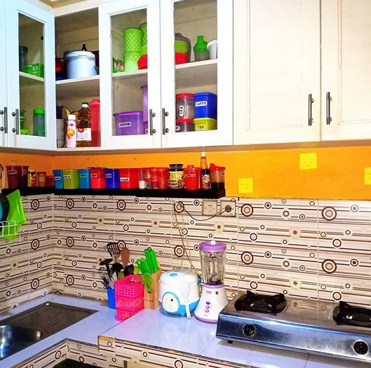 Desain Dapur Sempit Sederhana