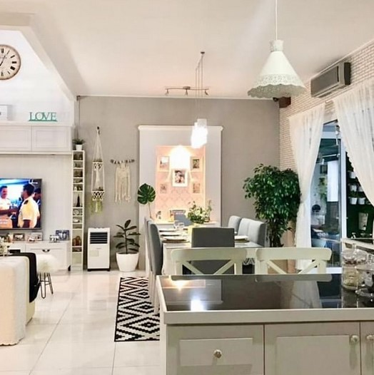 Interior Ruang Makan Minimalis