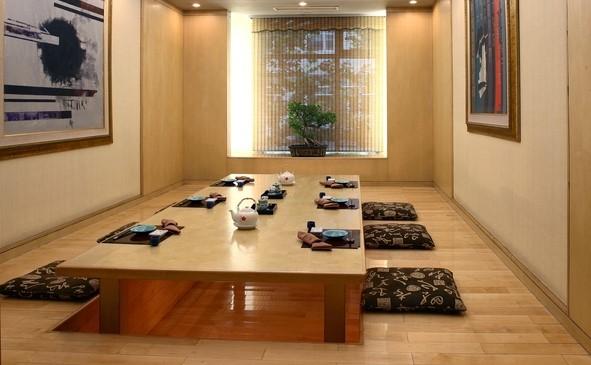 Ruang Makan Lesehan Minimalis