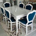Ruang Makan Mewah Dan Elegan