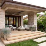 Teras Rumah Mewah Batu Alam