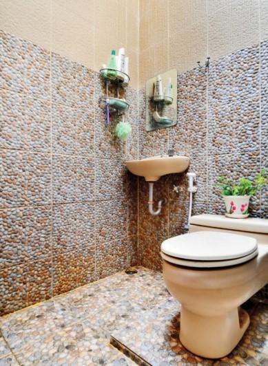 35 Ide Desain Kamar Mandi Batu Alam Minimalis 2020