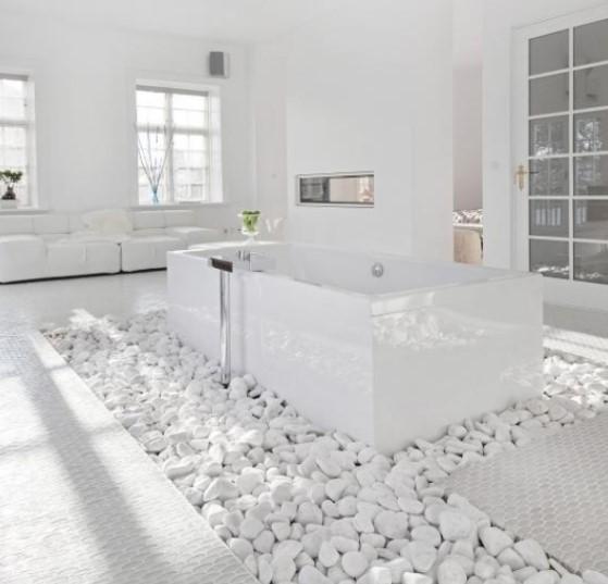 Kamar Mandi Batu Alam Putih