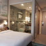 Kamar Tidur Utama Dengan Kamar Mandi Dalam