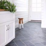 Desain Keramik Lantai Dapur Diagonal