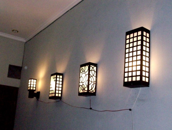 Desain Lampu Hias Dinding Teras