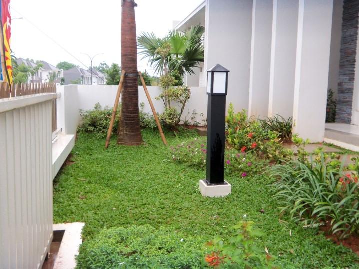 Desain Lampu Taman Depan Rumah Minimalis