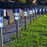 Desain Lampu Taman Minimalis Tenaga Surya
