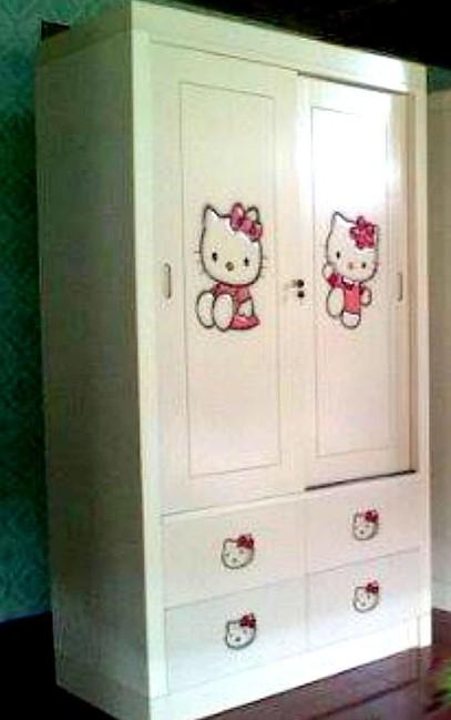 Desain Lemari Pakaian Dua Pintu Karakter