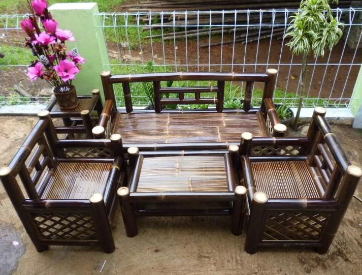 Model Kursi Bambu Minimalis