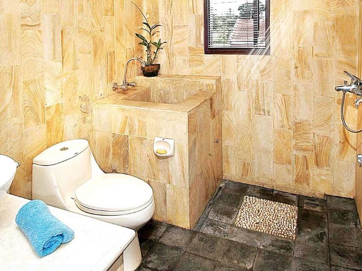 Motif Keramik Kamar Mandi Batu Alam