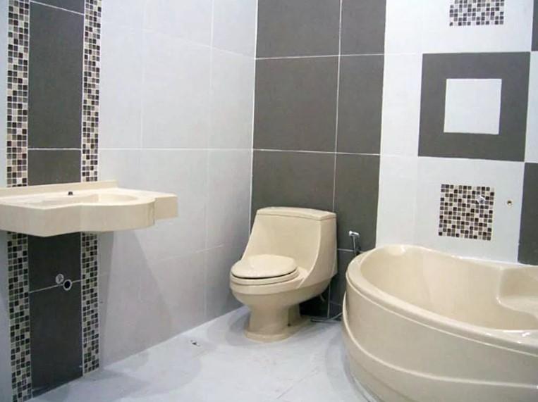 Motif Keramik Kamar Mandi Roman