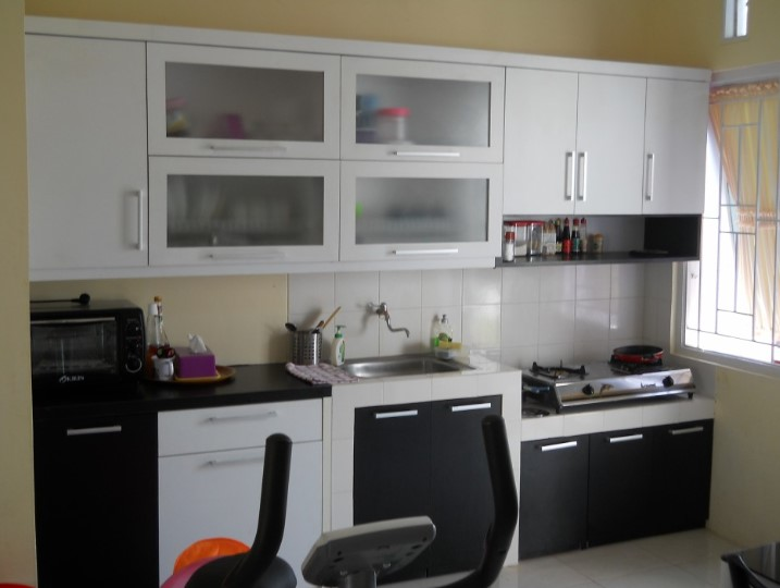 Contoh Desain Kitchen Set Minimalis Dapur Kecil