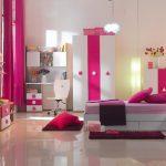 Desain Cat Kamar Tidur Anak Perempuan