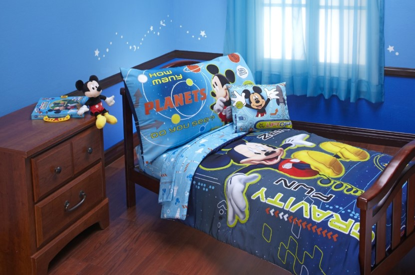 Desain Kamar Tidur Anak Mickey Mouse