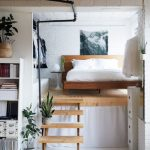 Desain Kamar Tidur Kecil dengan Lantai Mezzanine