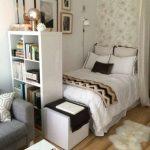 Desain Kamar Tidur Mungil Sederhana
