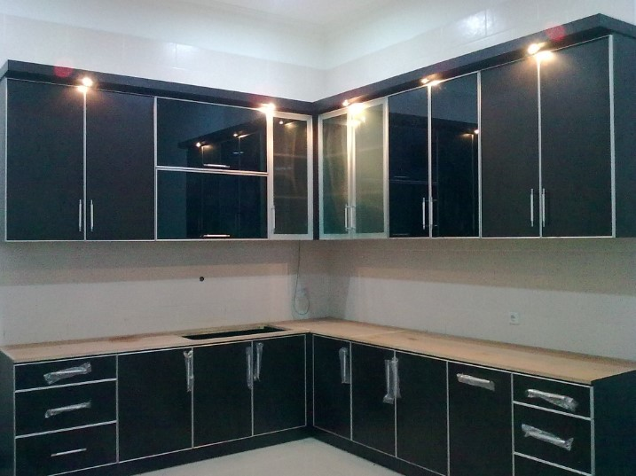 Desain Kitchen Set Aluminium Minimalis