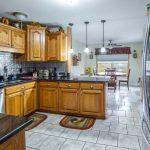 Desain Kitchen Set Kayu Modern