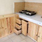 Desain Kitchen Set Kayu Sederhana