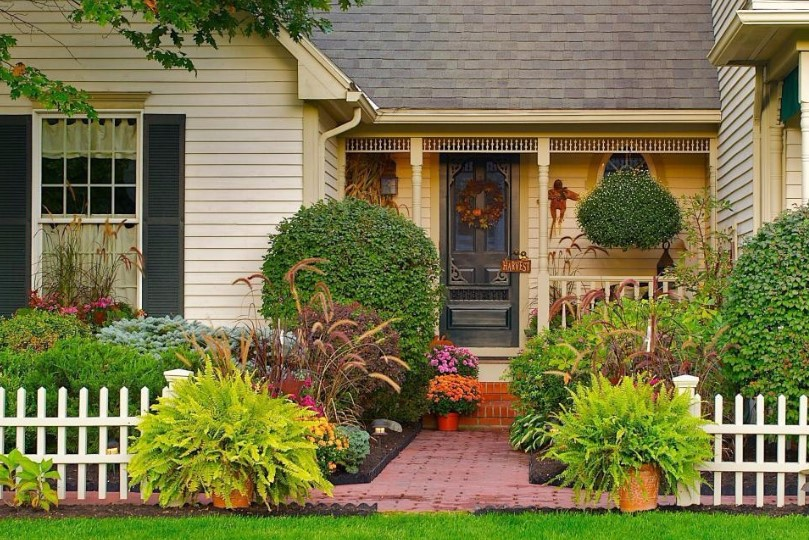 Gambar Taman Depan Rumah Sederhana