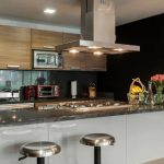 Kitchen Set Mini Bar Gaya Monokrom