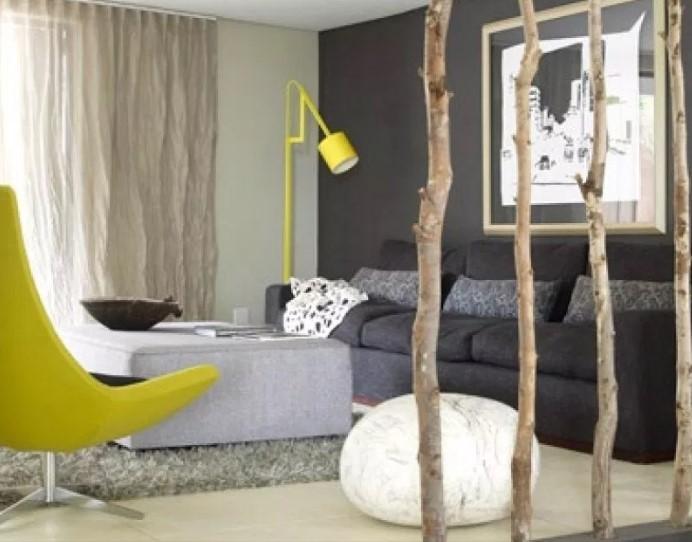 Sekat Ruangan Minimalis Natural Dengan Dahan Pohon
