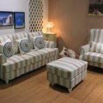 Sofa Tamu Minimalis Motif Garis-garis