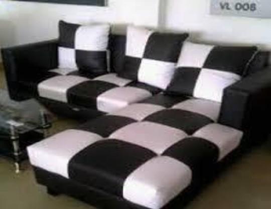 Sofa Tamu Minimalis Motif Monokrom