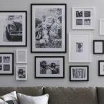 Dekorasi hiasan dinding dengan foto momen keluarga