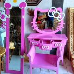 Fullset Rak Meja Hello Kitty dari Kayu Jati