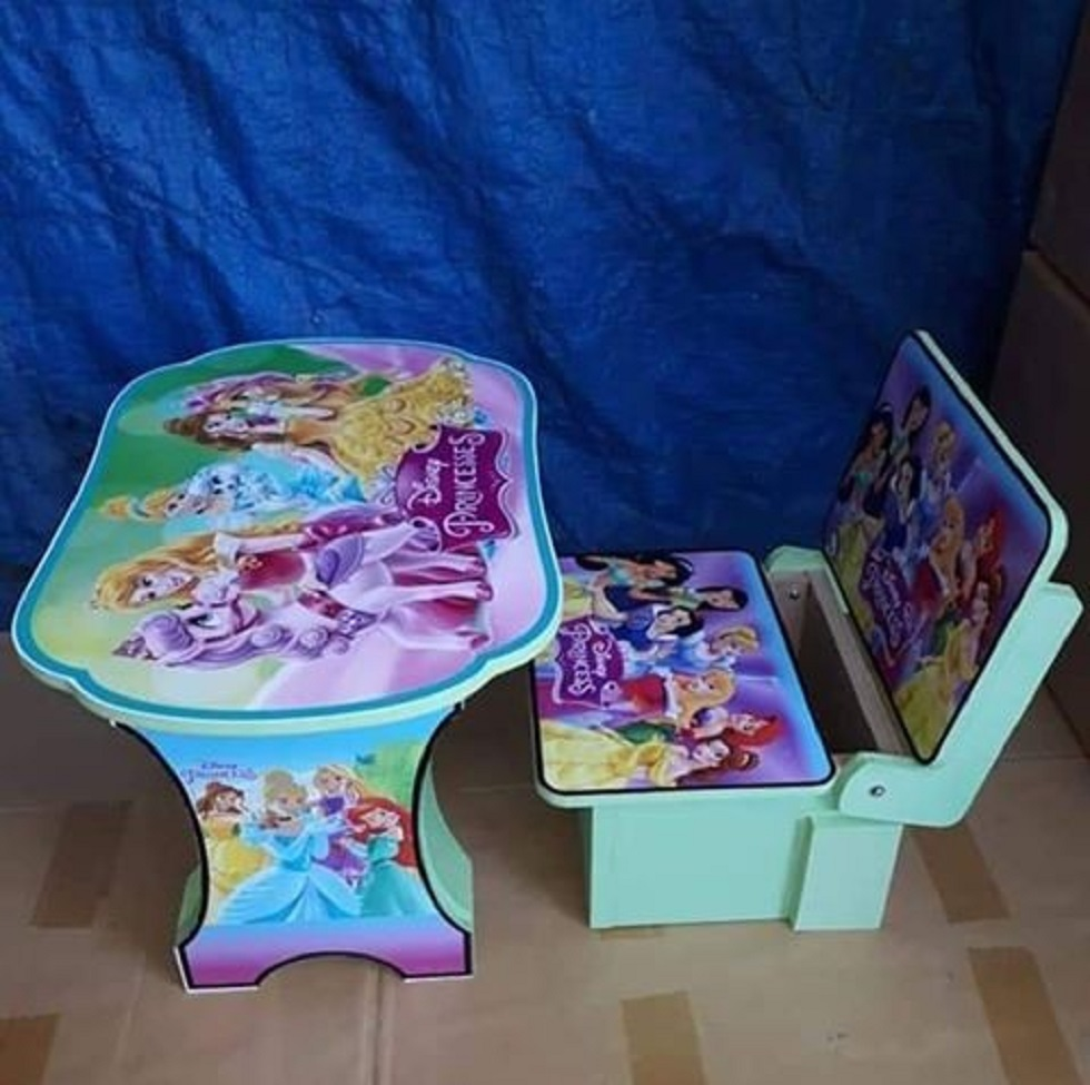 Kursi dan Meja Belajar Anak Karakter Princess Disney