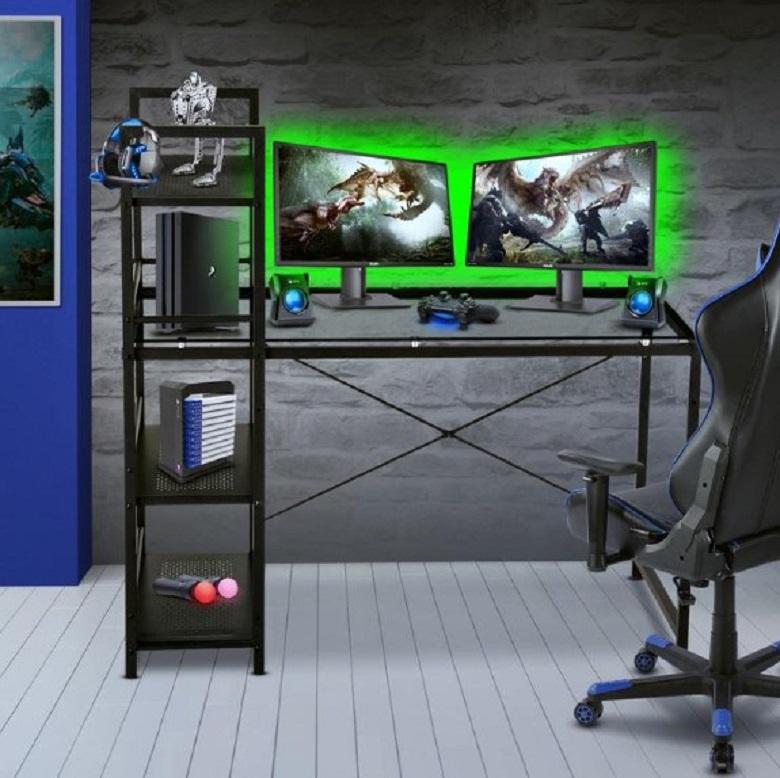 Meja Gaming Minimalis Dengan Banyak Laci