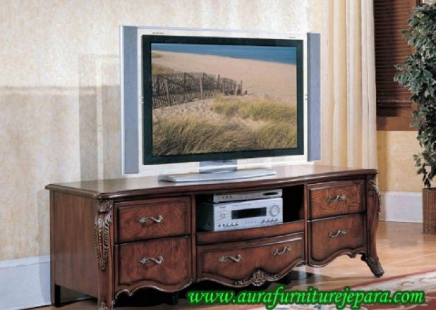 Meja TV Kayu Jati Ukir Minimalis