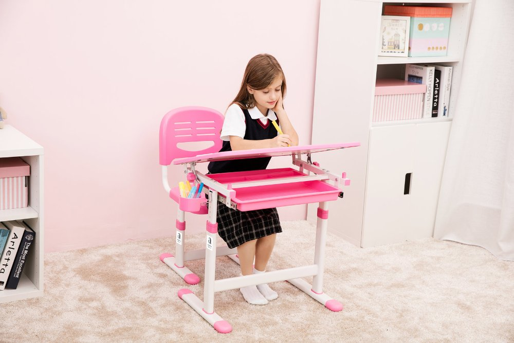 Set Meja dan Kursi Belajar Lipat Minimalis