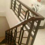 Railing tangga pegangan tangga kayu borneo