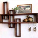 Rak dinding minimalis dari kayu